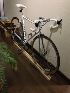 ロードバイク室内スタンド