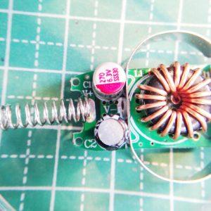 ダイソーUSB充電シガープラグ基盤表